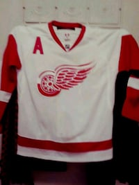 white and red jersey shirt Mississauga, L5V 1J7