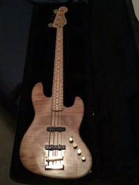 "Custom Fender Bass guitar ""precision bass Special"" Murrieta, 92562"