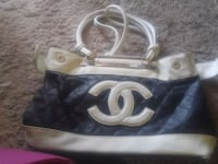 Chanel purse Edmonton, T5K 1Y6
