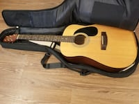 Jasmine S-35 acoustic guitar and case Sudley Springs, 20109