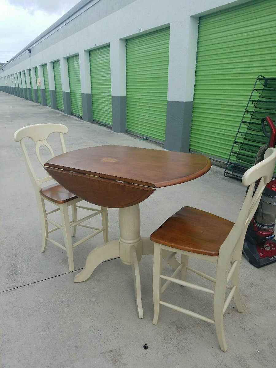Oblong Kitchen Table And Chairs