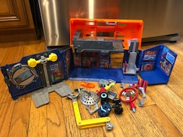 Rusty Rivets - Rivet Lab Tool Box Garage Playset Travel Carry Case