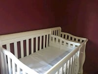 baby's white wooden crib Fort Wayne, 46835
