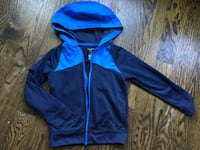 Hoodie size xs or  size 5 toddler -$2 -zipper doesn't work Toronto, M6R 1Z8