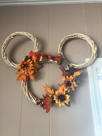 Autumn Mickey Wreath  Newton, 28658