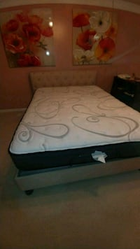 white and black bed mattress North Augusta, 29860