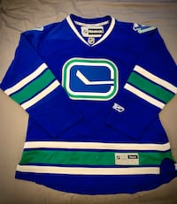 Canucks jersey