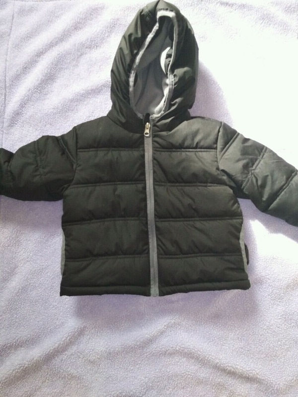 df6fd8b3fbf887 Brukt Babys gray zip-up bubble jacket til salgs - letgo