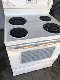 Newish Electric Stove / Electric Oven Thames Centre, N6B