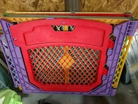 Baby play pen w gate Cary, 27513