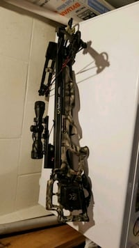 black and gray compound bow New Castle, 16101