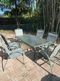 Outdoor metal table and chairs  Bonita Springs, 34135