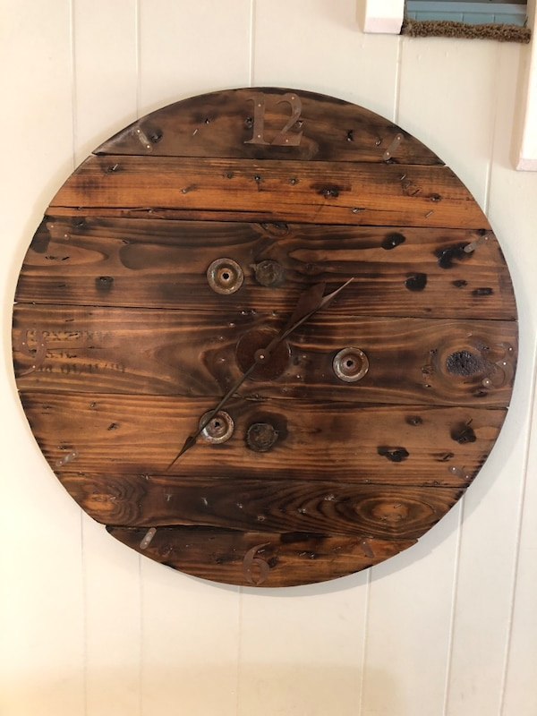 32 Wooden Spool Clock