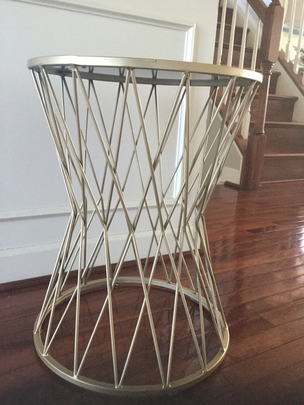 Gold Hourglass Accent Side Table 0df897f2-a973-4a48-af9f-b86f76e48836