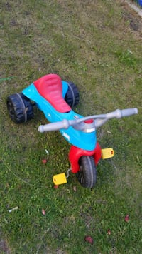 toddler's blue and red trike Edmonton, T6V 1C5