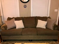 2 piece Couch and Love seat
