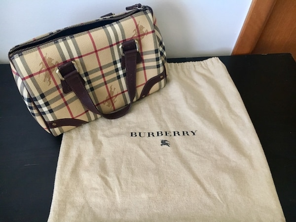9c41cbc9133d Used Vintage Burberry Purse