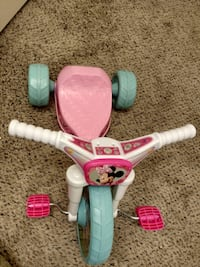 "Minnie Mouse 10"" Fly Wheels Junior Cruiser Ride-on, Ages 2-4 Canton, 48188"