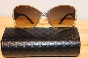 Chopard Ladies Sun Glasses and Case