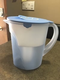 Tupperware Eco Gallon Water Filter Pitcher -  New condition