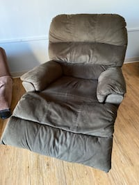 Recliner Chair Minneapolis, 55404