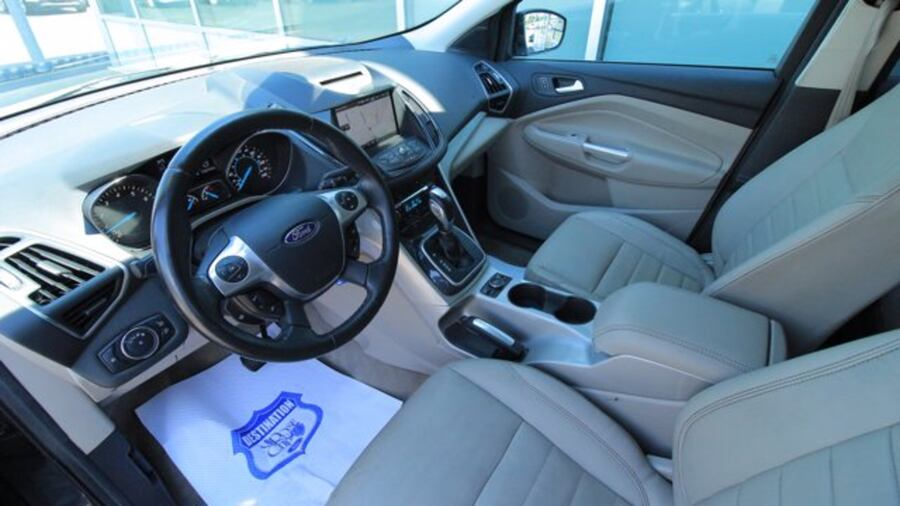 2013 Ford Escape SEL / ONE OWNER / ACCIDENT FREE / NAVIGATION / SIR 530ffcc7-a518-4380-a65a-b12a22f6d166