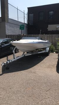 Gaston great condition trailer included and Montréal, H8S 2N8