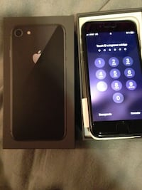 iPhone 8 32 gb used 2 months att only