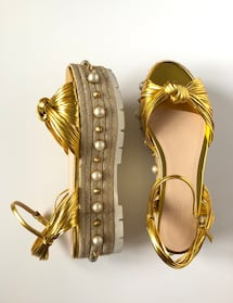 GUCCI BRAND NEW IN BOX GOLD LEATHER ESPADRILLES WITH PEARL DETAIL - SIZE 37!