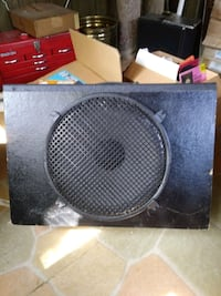 15 inch speaker in cabinet Plymouth, 02360