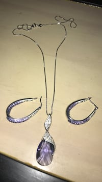 Swarovski chain and pendant with matching earrings  Brossard, J4X