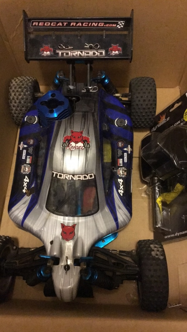 Redcat Racing Tornado S30 1/10 Scale Nitro Buggy W/ Li-Po Glow Driver with  battery and charger