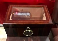 Cigar humidor with electronic humidity control Aldie, 20105