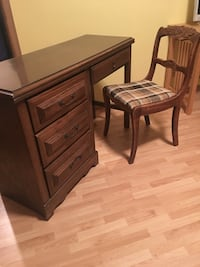 Brown wooden table with chairs Maple Valley, 98038
