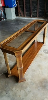 End table Whittier