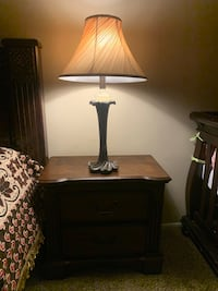 Night stand with lamp  Gaithersburg, 20878