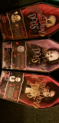 Lot of 3 Living Dead Dolls Baltimore, 21223