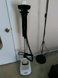 Full size Conair clothes steamer  21 km