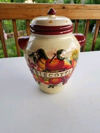 Porcelain Jar for decoration or kitchen