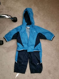 Nike toddler windbreaker track suit Columbia