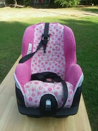 baby's pink and black car seat carrier Longview, 75604
