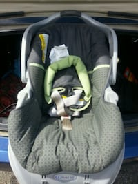 Graco baby's car seat and spongebob booster seat