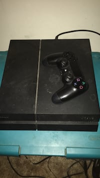 black Sony PS4 console with controller Westminster, 21158