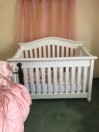 Crib and changing table Goshen, 10924