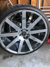 24 rims good condition just need tires  Country Club Hills, 60478