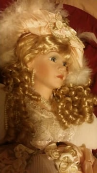 Victorian porcelain doll Hagerstown, 21740
