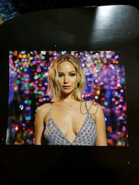 Jennifer Lawrence Original Autograph (signed in pe Milford, 06460
