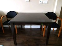 Dining table and 2 chairs - 25$ Dublin, 94568