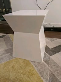 White Coffee table or decorative table