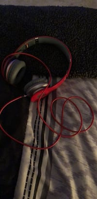 beats by dre solo headphones Chagrin Falls, 44023